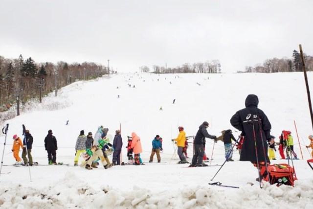 【懐かしい】北海道の小中学校で行われる「スキー学習」あるある44連発! 本日1月12日は『スキーの日』