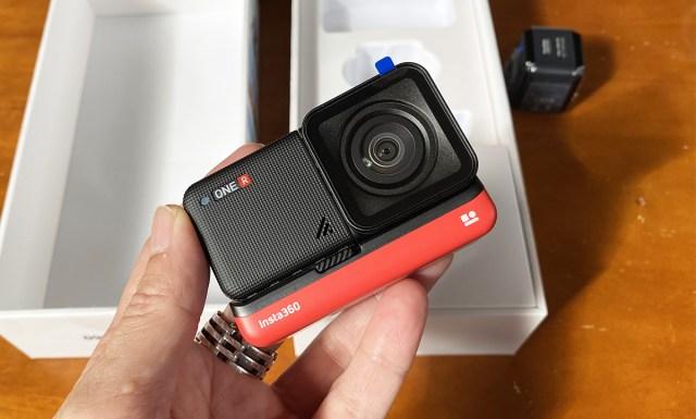 【致命的】話題のアクションカメラ『Insta360 ONE R』をGoPro感覚で購入して大失敗した話