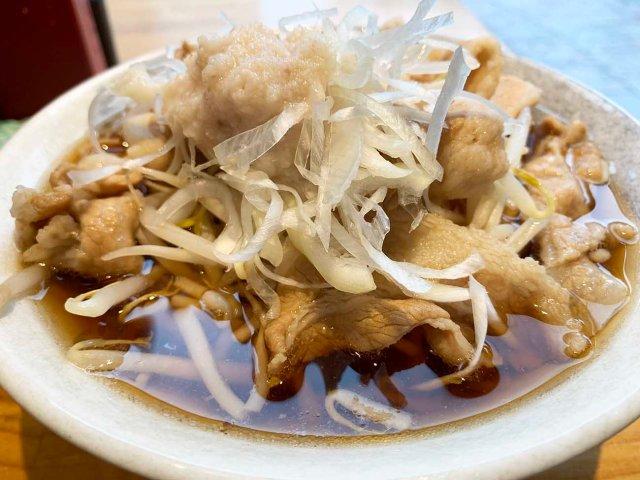 そばに背脂をぶち込んだ! 中野『NAMIKI』の肉そばがもはやラーメン / 立ち食いそば放浪記:第210回
