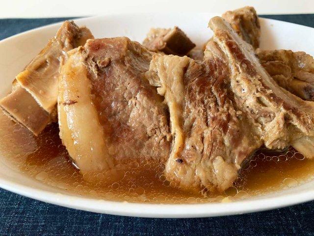 【最強レシピ】豚の角煮をスペアリブで作ったら激ウマ! 普通のばら肉に戻れなくなるレベル