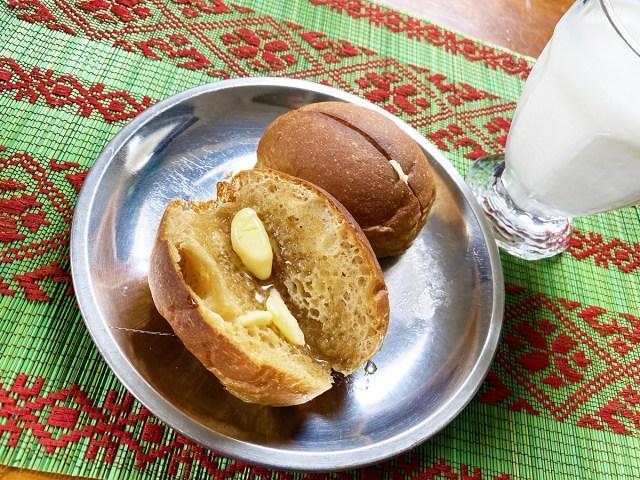 【罪深】ローソンの低糖質『ブランパン』を軽く焼いてバターとハチミツをかけて食べるとホットケーキの味がする
