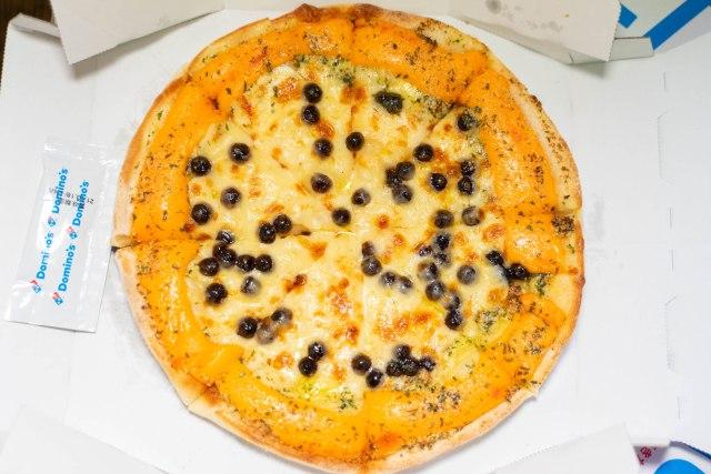 ドミノの狂気「いまさらタピオカピザ」を正直にレビュー / 極まる混迷と見えない出口