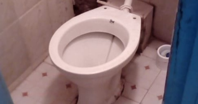 ケニアとか海外によくある「便座がないトイレ」の正しい使い方をケニア人に聞いてみた! カンバ通信:第3回