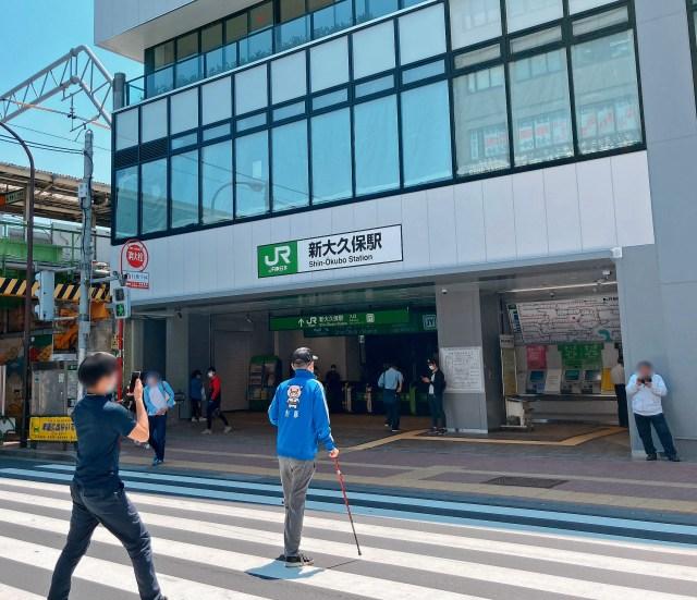 「韓流の聖地」と呼ばれる東京・新大久保に行ったら、マスクがそこら中で販売されていた