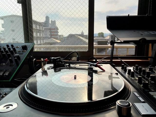 【自宅待機中に最適】現役DJが「はじめてのDJソフトの選び方」を紹介 / 音楽でストレス解消しよう!