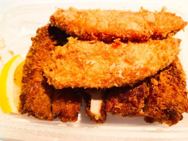 松のやに「サーモンフライ」が新登場! サーモンフライ2枚&大判ヒレかつ定食で揚げ物祭りに → ご飯大盛り無料サービスも開催