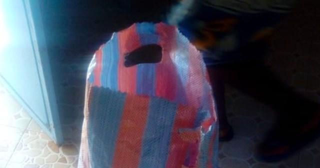 ケニアのスーパーで買える「有料レジ袋(50円)」がこちらです / カンバ通信:第12回