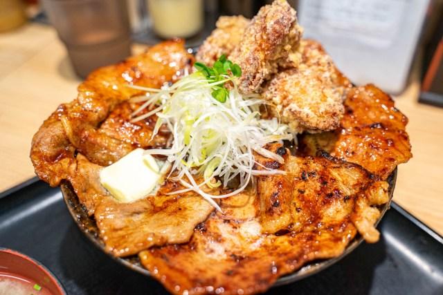 伝説のすた丼屋にて「北海道すた丼フェア」が開始! 「唐揚げ合盛り北海道すた丼」が豚、鶏、バターで罪深い