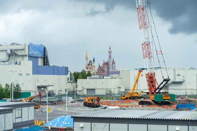 ディズニーが7月1日から再開決定! 工事の進捗を3カ月前と見比べるため、リゾートライナーに乗ってきた