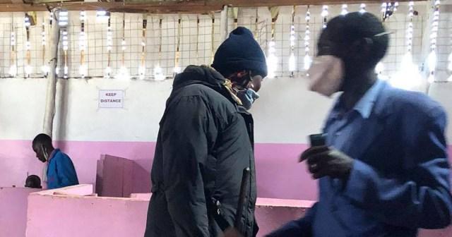 ケニアの田舎町のホテルにおける「マスク着用率」はこんな感じです / マサイ通信:第380回