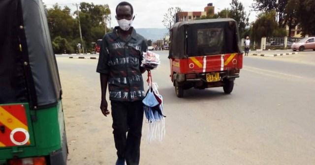 ケニア・ナイロビのマスク事情 / 路上には「マスクの売り子」がたくさんいるよ! カンバ通信:第8回