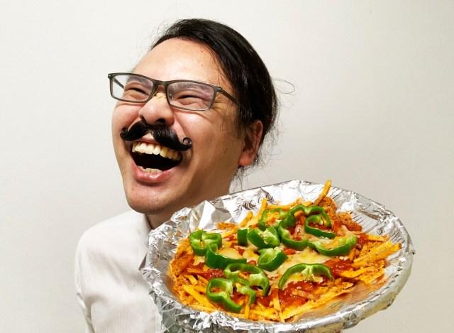 【10分で完成】カラムーチョでピザを作る『ピザムーチョ』が激ウマ! ピザおじさん感動「マンマミーア」