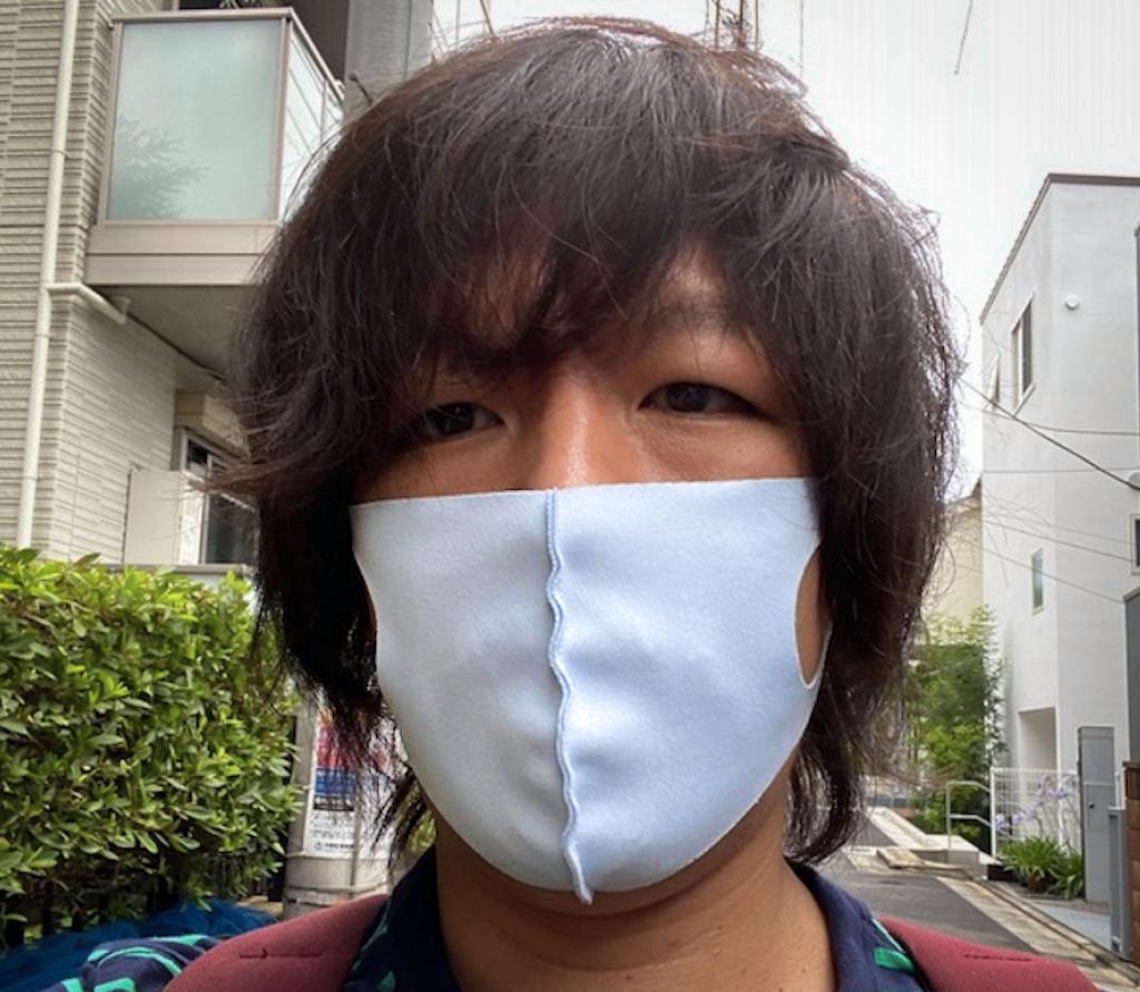 「西川 100回洗えるクールマスク」の着用例