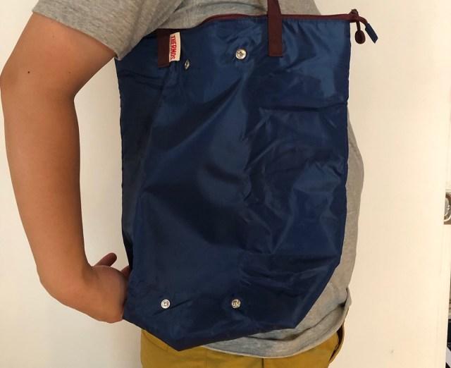 【最強装備】「サーモス」のエコバッグがマジで有能だった /  保冷できて、コンパクトに折り畳めて…どこまでエコなのか?