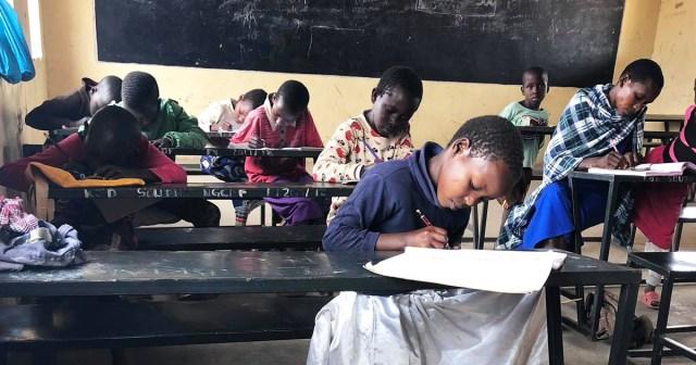 ケニアの学生は「全員留年」だけど、マサイの学校だけは独自路線で授業再開 / マサイ通信:第402回