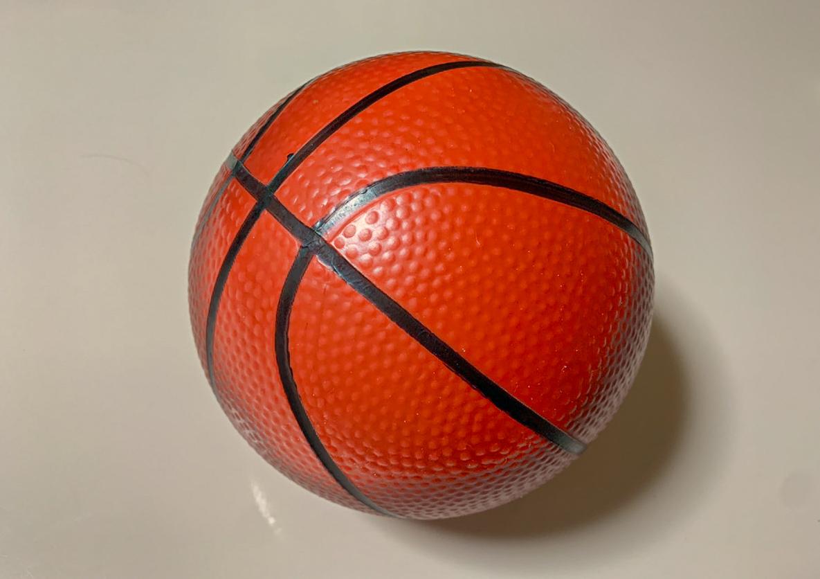 「部屋用のバスケットボール」商品写真
