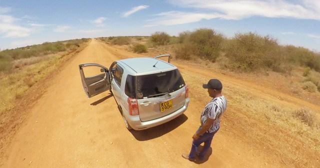 日本の中古車はケニアだといくらで売られている? 走行距離4万kmトヨタ「ラウム」の場合 / カンバ通信:第24回