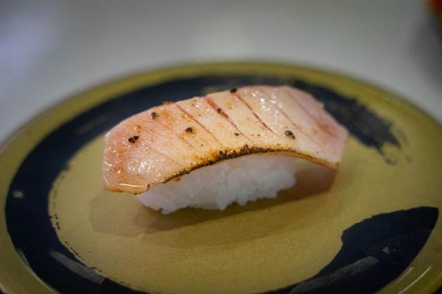 即完売からの電撃復活を果たした、はま寿司のレアステーキ寿司4種を食べてみた / 炙っただけの寿司とはどう違うのか