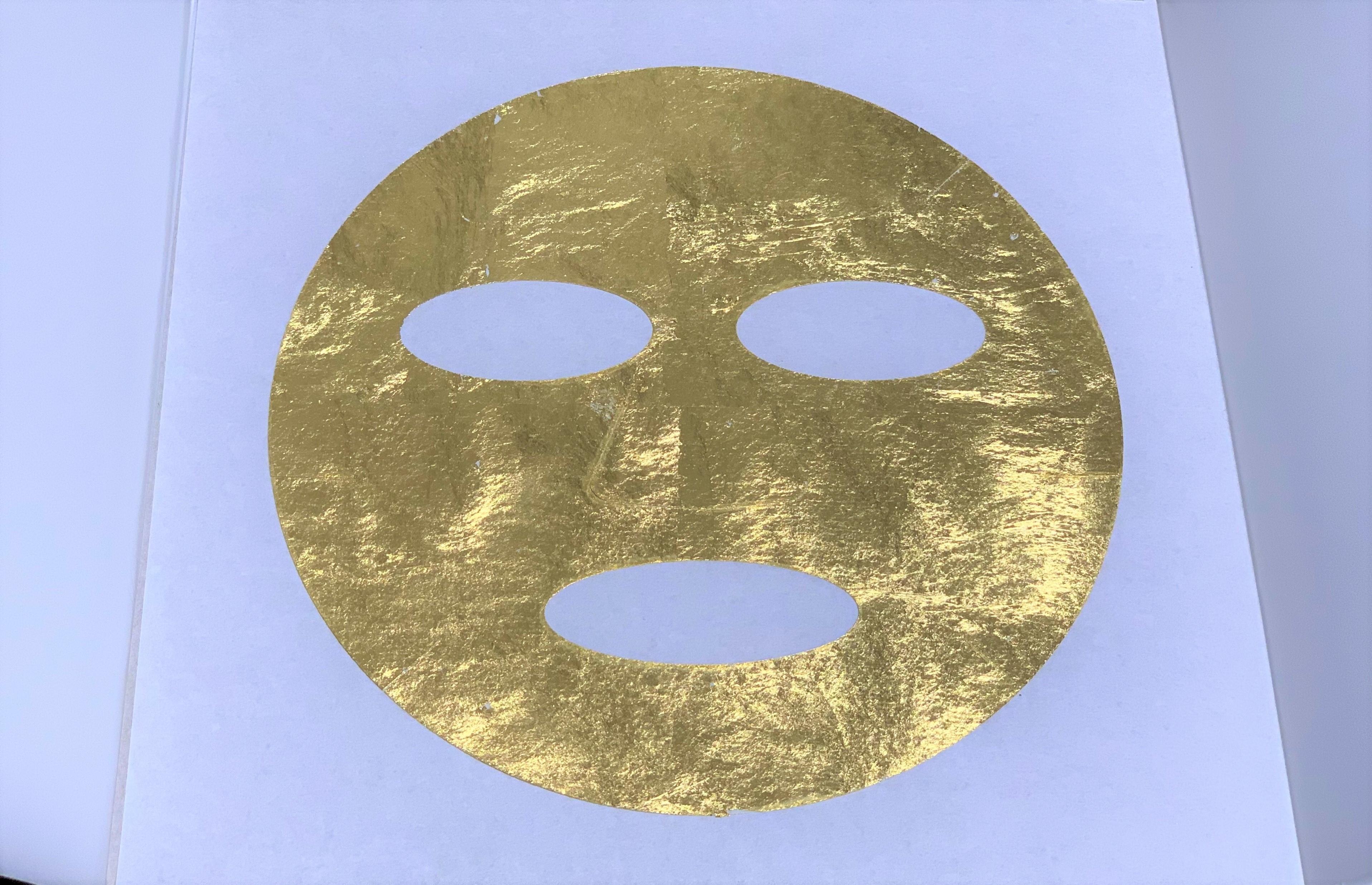 ほぼ純金な『金箔マスク』を買ってみた! 実際に顔にはり付けたところ、アレが誕生した話 / 中村製箔所