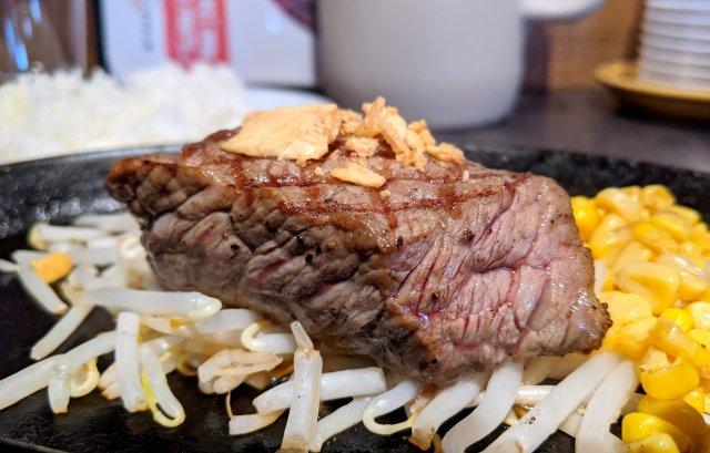 【期間限定】ステーキが税別500円で食える!? 東京・日本橋三越前に誕生した「WinWinステーキ」でお得なリニューアル記念をやってるぞ~!
