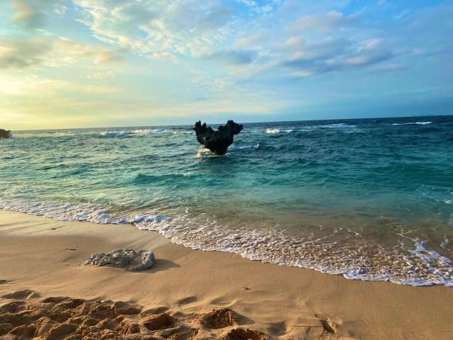 【愛】沖縄の神秘『ハートロック』がいろんな意味で100点のパワースポットだった