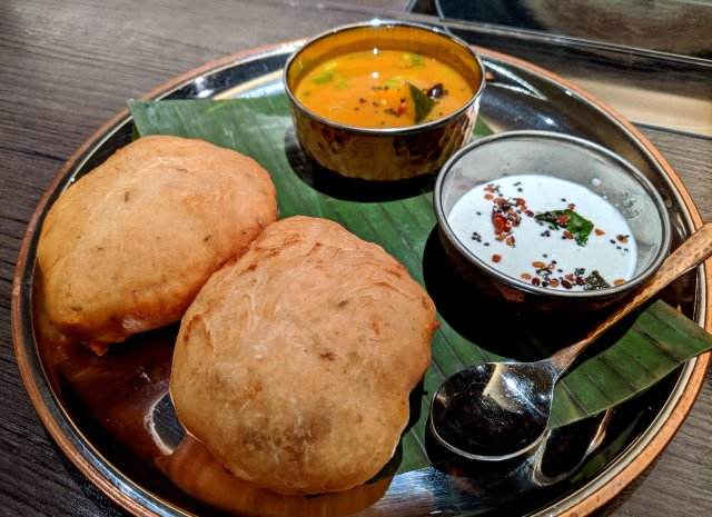 知られざるインド料理! 南インドのパン「マンガロールバンズ」が猛烈に美味い!! 西武渋谷店『偏愛食堂』で食えるぞ~