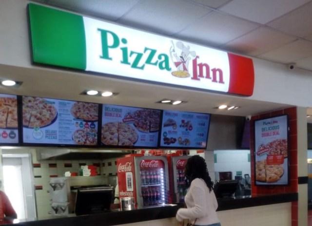 【ピザの日】ケニアのタクシー運転手が激推しするナイロビで一番うまいピザ屋はここだ!! カンバ通信:第46回