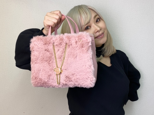 【2021福袋企画】フワフワピンク☆ キラキラビジュー ☆ 『サマンサベガ』のバッグ2個入り福袋が一切の期待を裏切らなかった