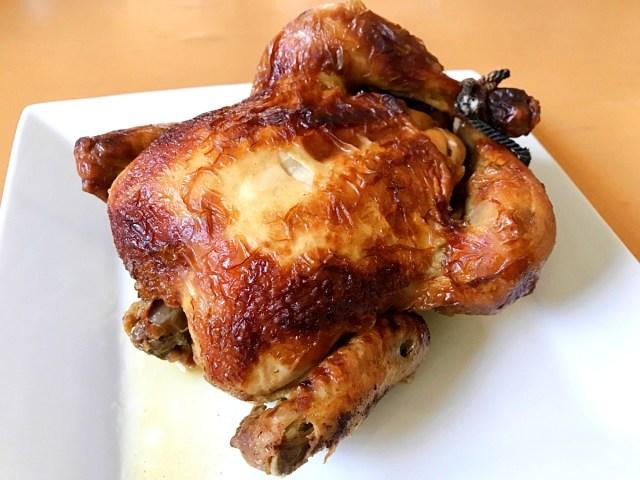 クリスマスにケンタッキーを食べるヤツは素人! プロはガストの「自家製ローストチキン」をテイクアウトする!! 980円で1羽まるごとだぞ!
