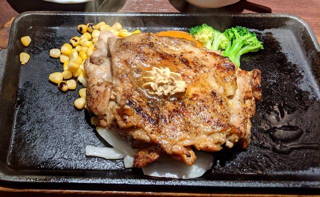 「いきなり! ステーキ」が12月1日から新メニュー導入!! チキンステーキが食えるようになってるぞ~!