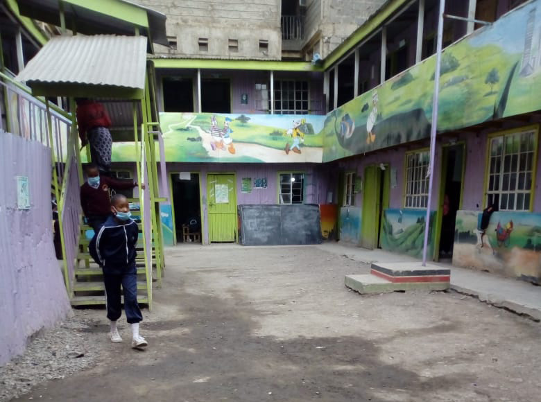 授業が再開されたケニアの「私立学校」のコロナ対策とか学費のことを話すね / カンバ通信:第60回