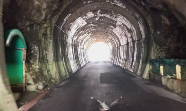 【実話】絶対に目を合わせてはいけない観音像を見てしまった結果「なんか赤かった」→ その夜怖すぎる出来事が…… / 福井県『雄島隧道』