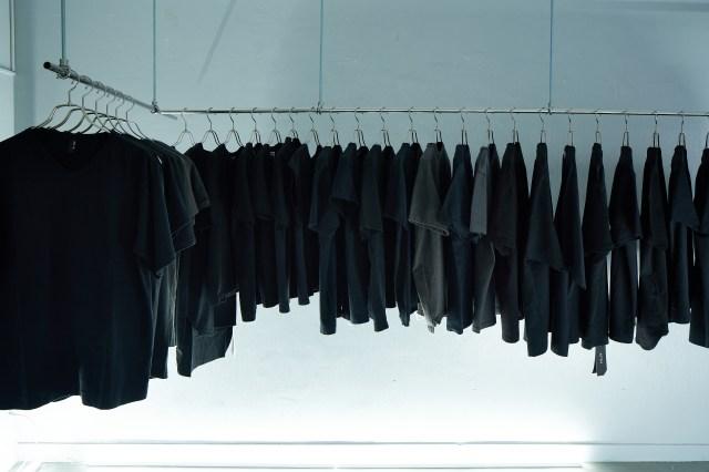 黒無地Tシャツ専門店「#000T KABUKICHO」オープン! なぜ今、歌舞伎町に出店したのか? その理由を尋ねた