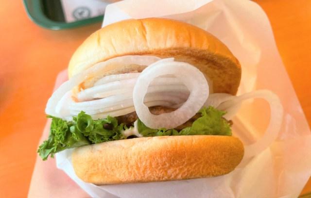 【関西限定】モスバーガーの『淡路島産たまねぎバーガー和風しょうゆ仕立て』がめちゃウマやで!! みずみずしくて甘い、高級な玉ねぎの味がします