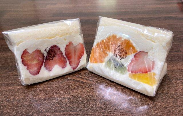 コメダのフルーツサンドを買いに行ったら、意外なオマケがもらえたよ! 食パンの耳ではなく……