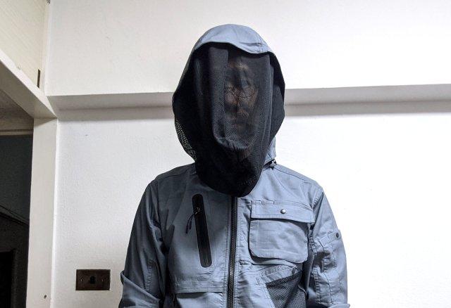 通称「着る網戸」 ワークマンの顔を完全ガードできるジャンパーが斬新! 今夏のアウトドアにもってこいだ!!