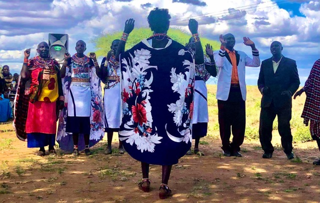 マサイ族がiPhoneで撮影したマサイ族の超日常写真集パート7(画像補正版)/ マサイ通信:第486回