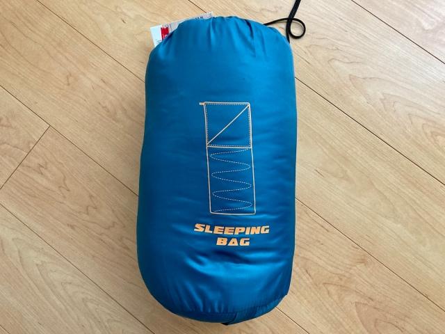 【キャンプ用品】カインズホームで買った「1280円の寝袋」が最高に使える予感! 『連結できるシュラフ』は初心者にもオススメ