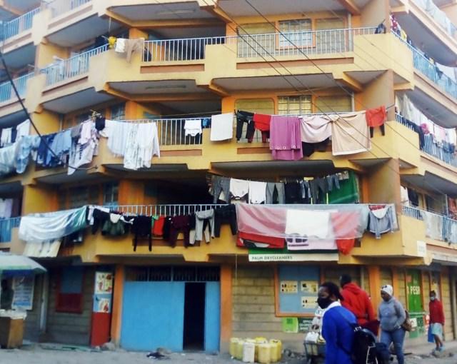【建物探訪】ケニアの首都ナイロビで家賃2万4000円のマンションはこんなビル / カンバ通信:第103回