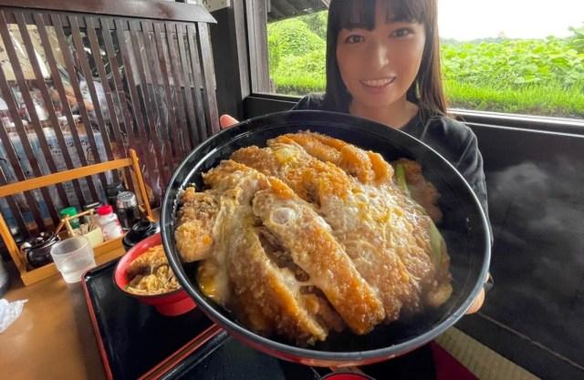 【激盛り】米2.5合! デカい豚2枚!! 巨大『カツ丼』にレッツチャレンジだぁぁぁ! / 奈良「国境食堂」