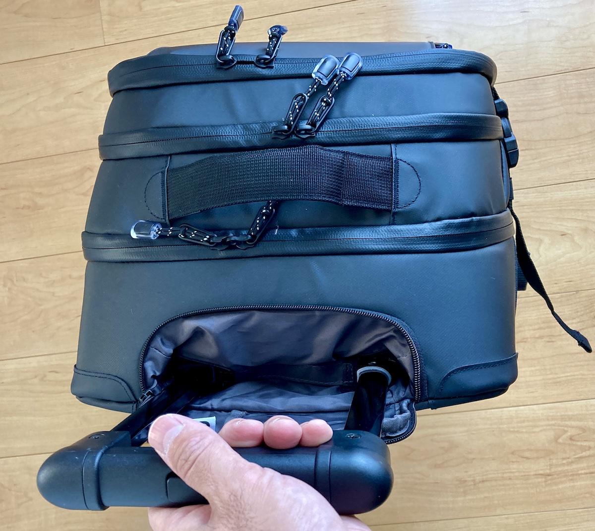 ワークマンから本格キャリーバッグが登場! タフで防水かつシンプルなデザインで収納力も抜群だから旅行でもビジネスでも使えるゾォォオオ!