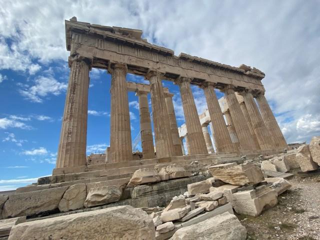 【悲報】ギリシャ人は『聖闘士星矢』をほぼ知らない