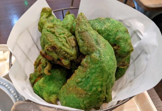 """どう見てもブロッコリー!! 『チキンストリート渋谷店』の """"緑のフライドチキン"""" を食べてみた!"""